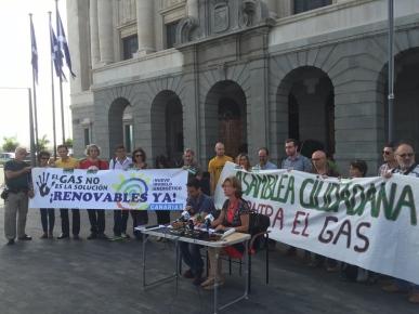 energias renovables, canarias ya, asamblea ciudadana contra el gas, concentracion y rueda de prensa frente cabildo, con podemos tenerife e iu (noviembre 2015)