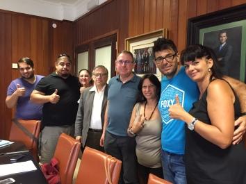 foto reunion afectados viviendas san matías y consejeros podemos cabildo tenerife, 2015